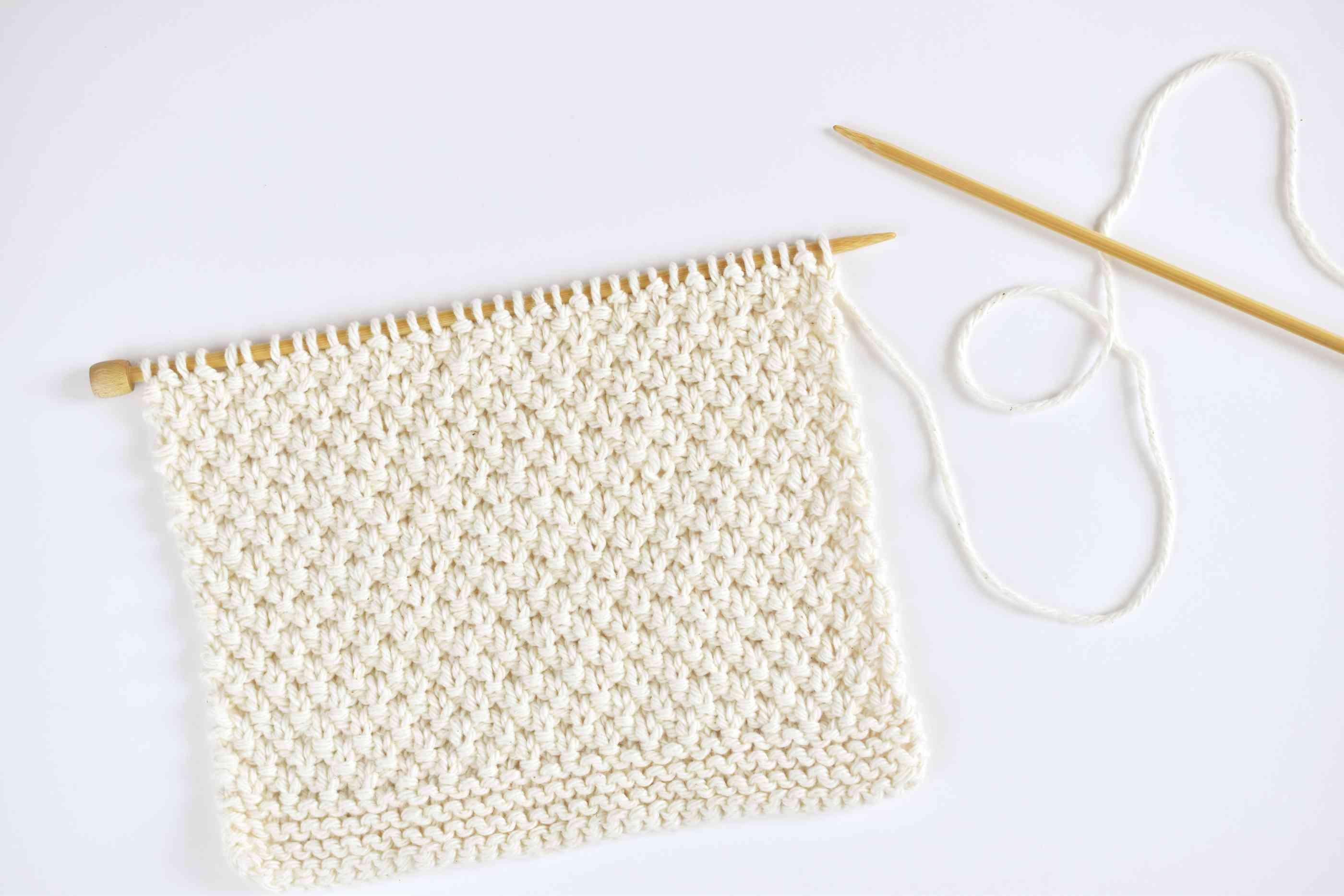 Knitting the Irish Moss Dishcloth
