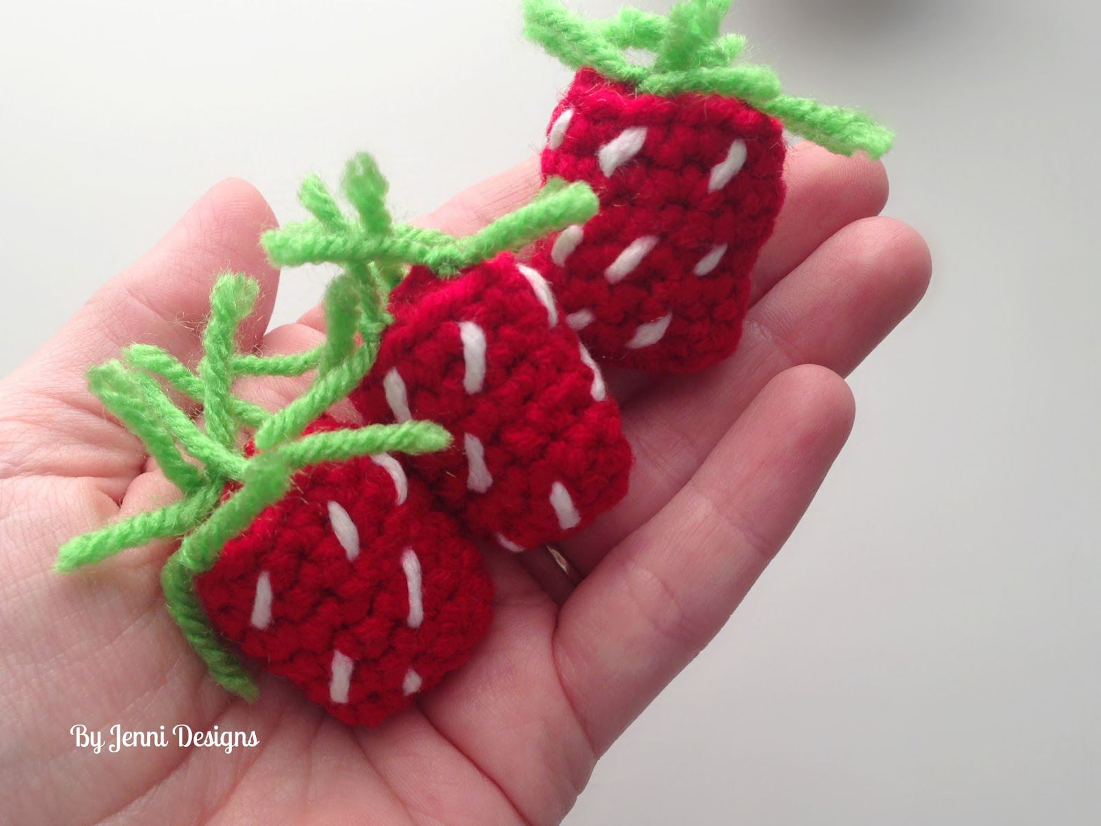 25 Fruit and Vegetable Crochet Patterns