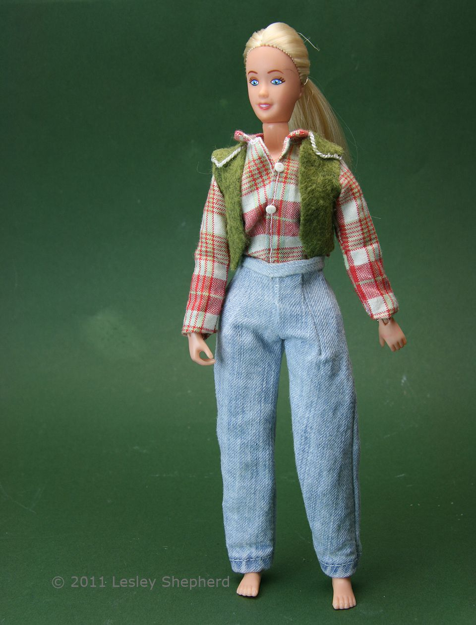 Custom fitted removable doll jeans on a Brenda Breyer doll