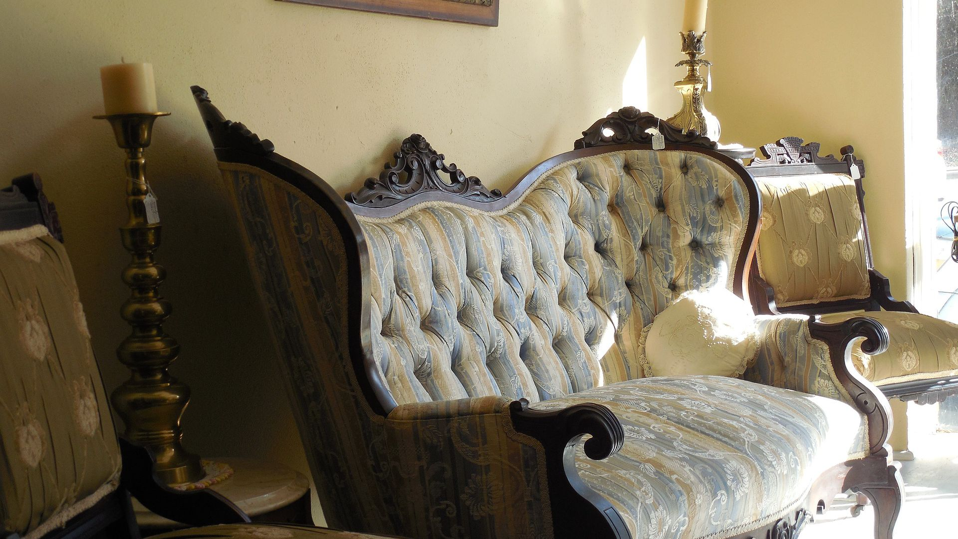 Victorian Furniture Identification And