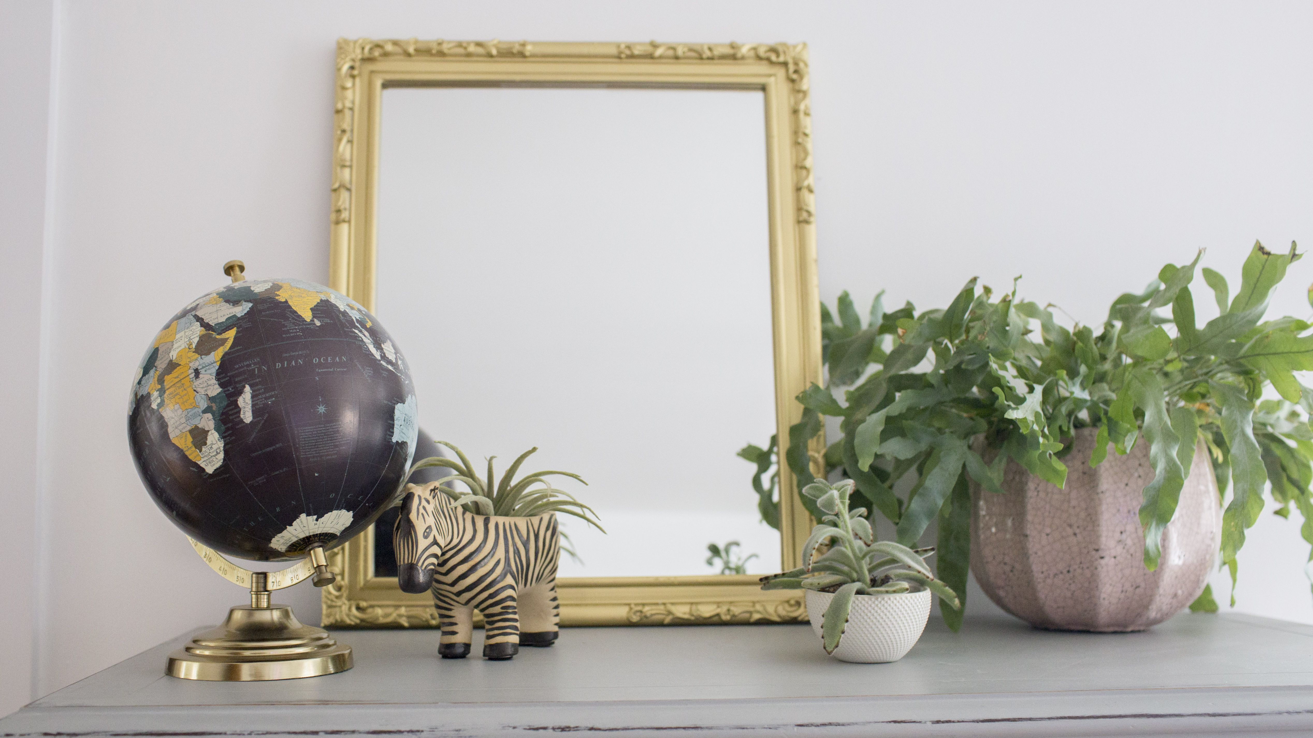 How To Paint A Mirror Frame