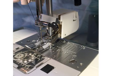 How To Use A Walking Foot To Make Quilting A Breeze
