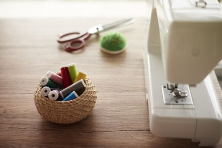 Learn How To Sew With Elastic Thread Fascinating How To Use Elastic Thread In Sewing Machine