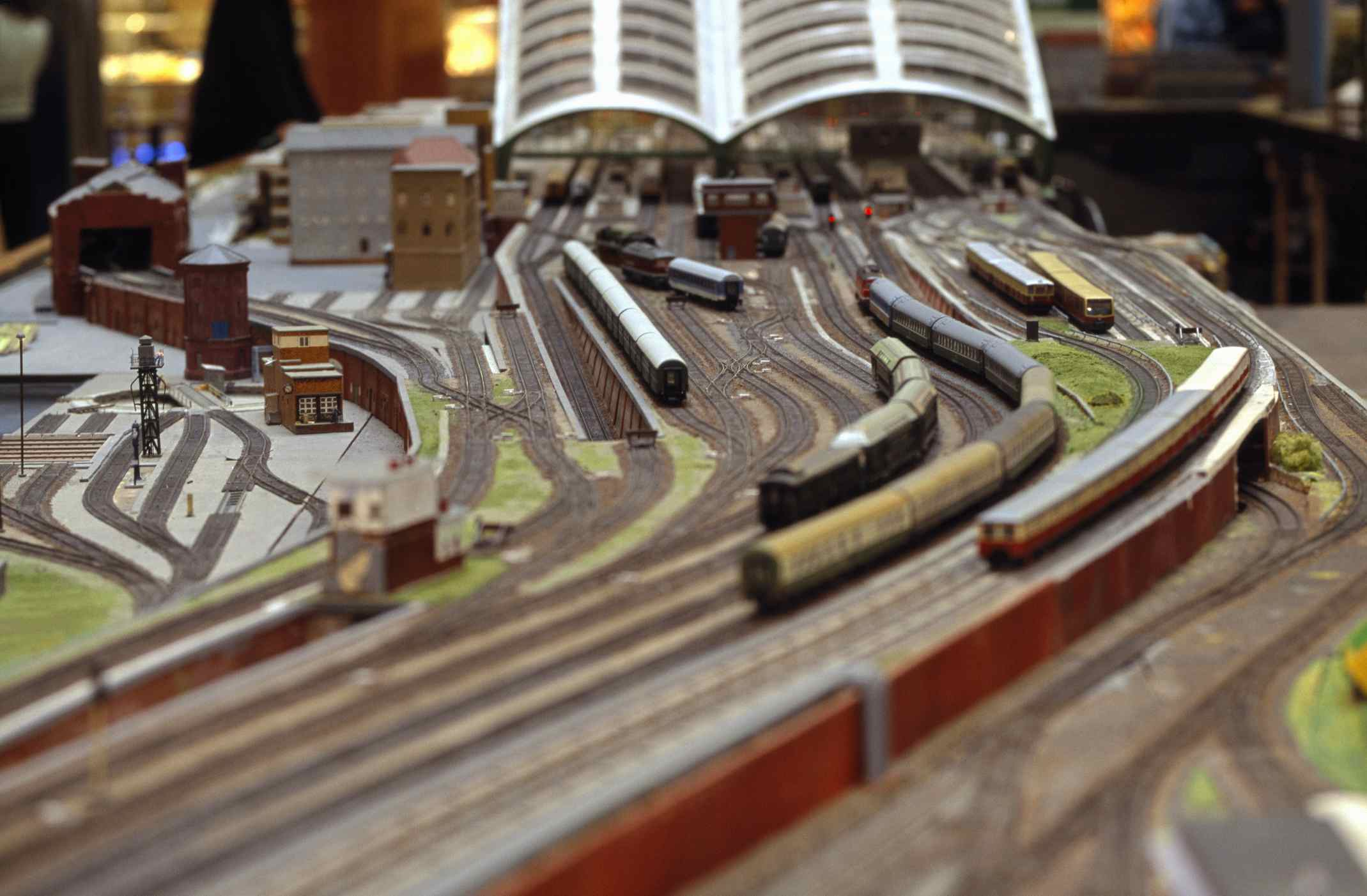 How To Wire A Model Railroad For Block Operation Connector Bus In Which You Can Screw The Ground And Switch Wires