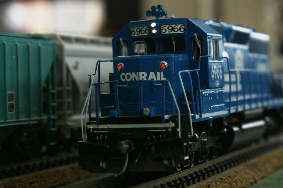LED Lights on locomotive