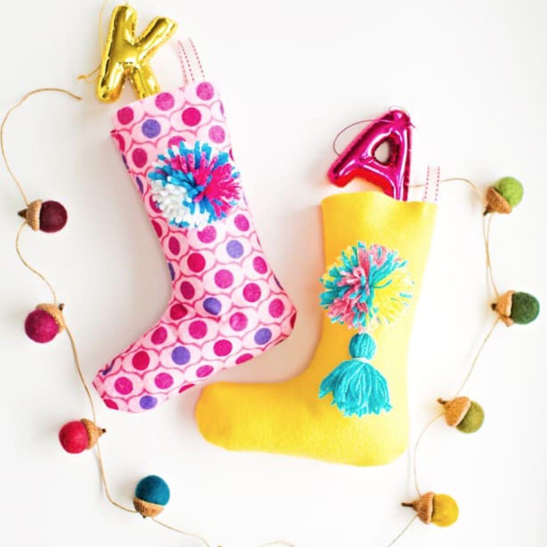 Easy Felt Pom Pom Stockings