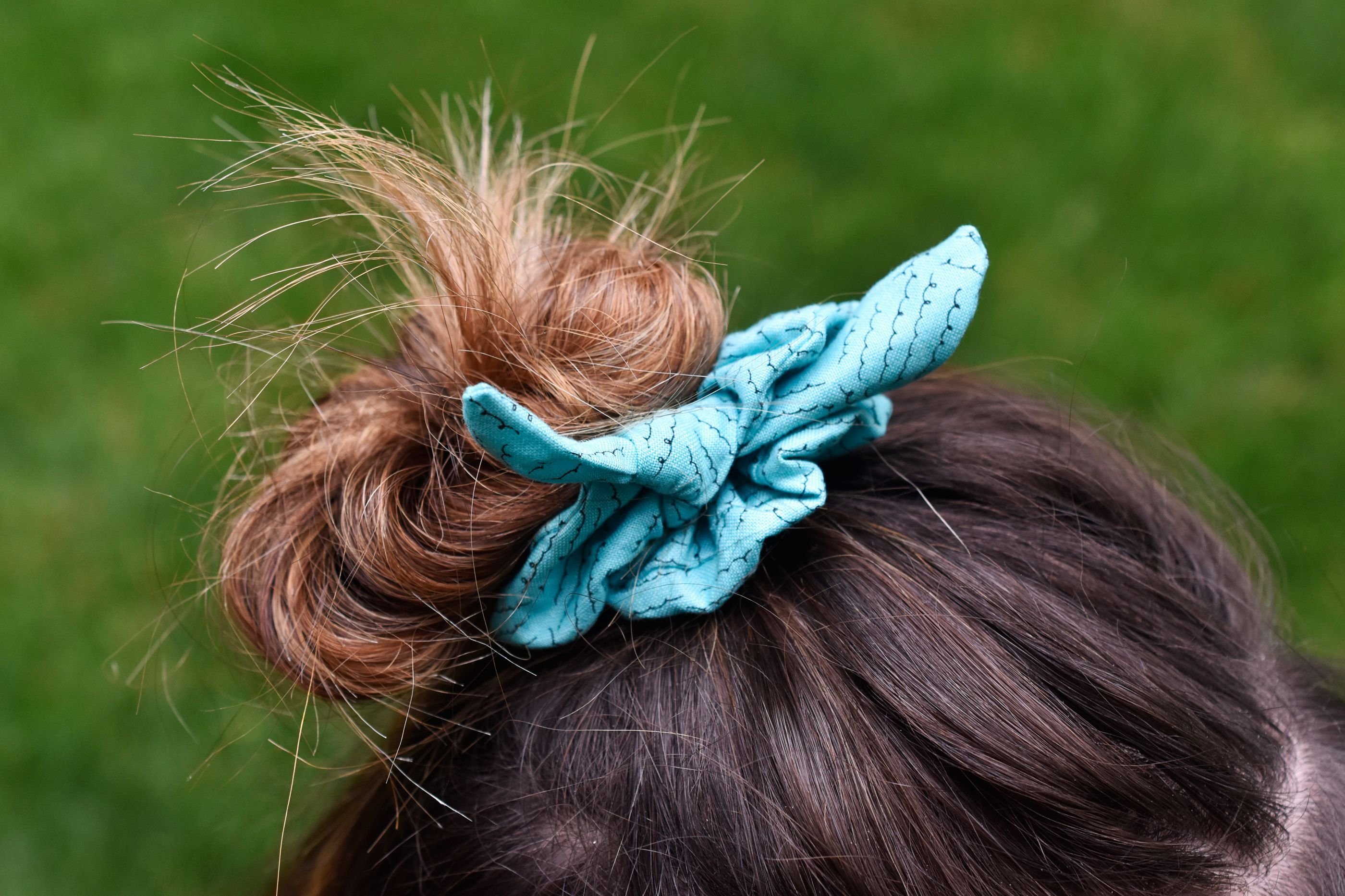 diy hair styles how to make a hair scrunchie 1866