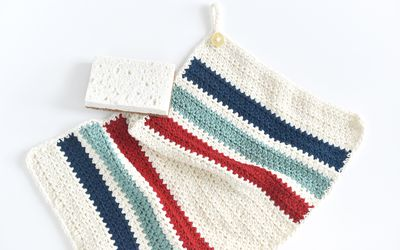872d3e3efdb38 Crochet a Hand Towel for Your Kitchen