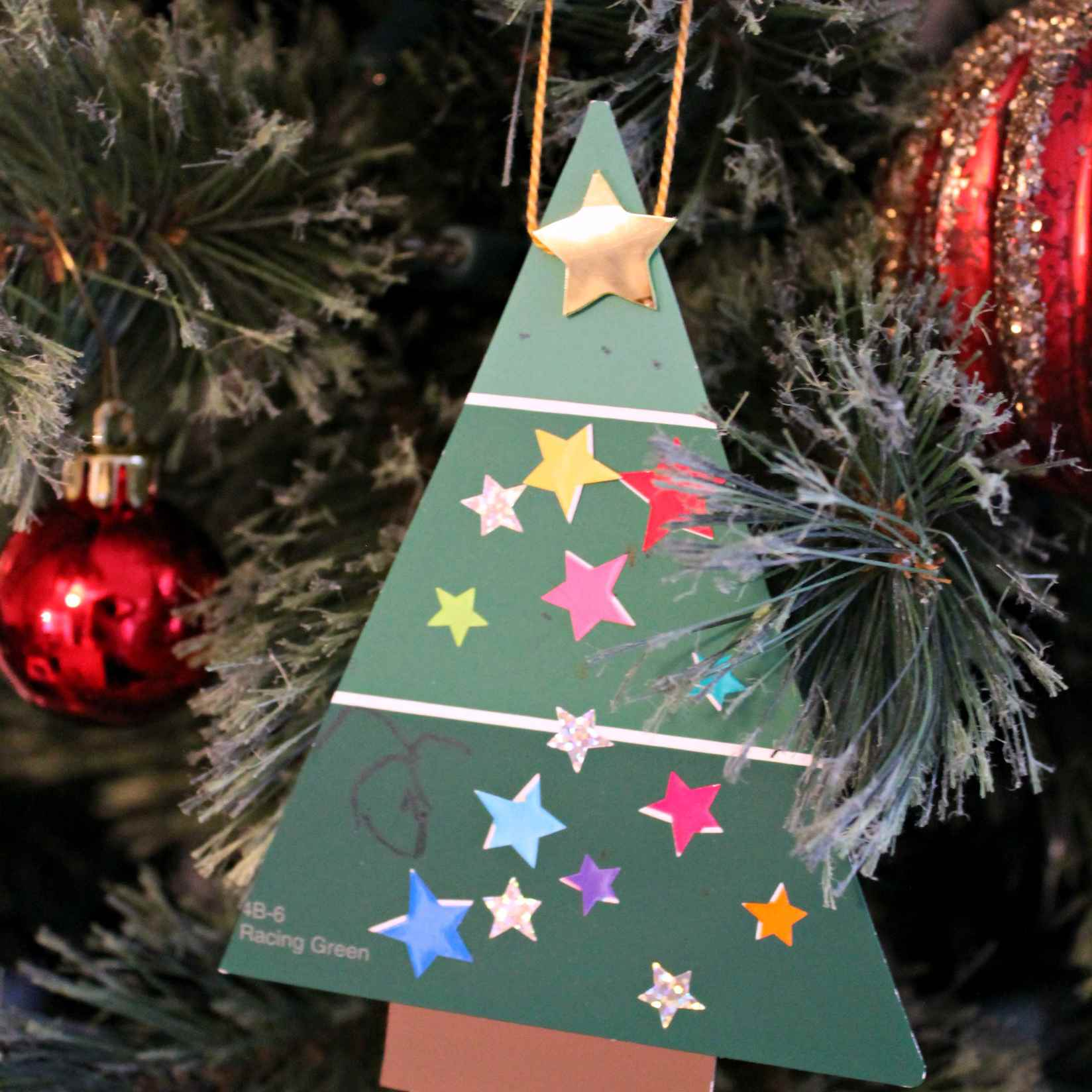 25 Adorable Christmas Ornament Crafts for Kids