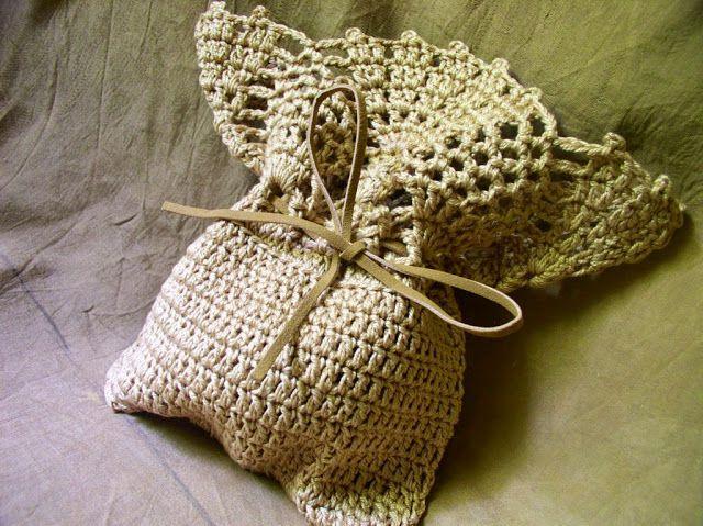 20 Free Crochet Pineapple Patterns