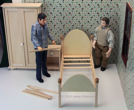 Make An Easy Wooden Doll Bed For A Dollhouse