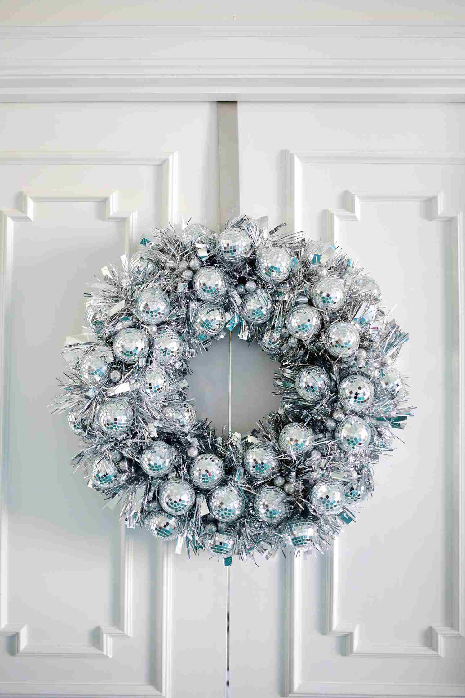 37 Christmas Wreaths You Can DIY