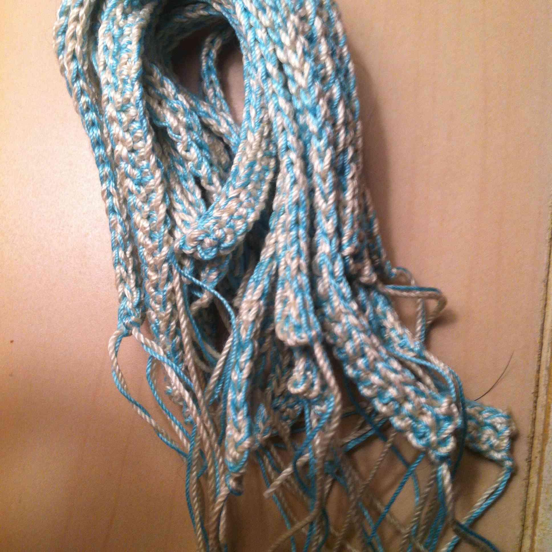 thread crochet friendship bracelets
