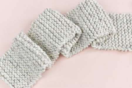 How to Knit a Scarf for Beginners 6373adc90eb6