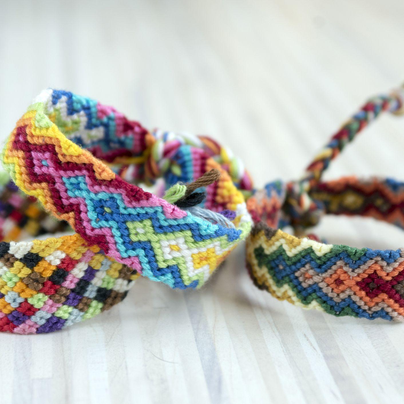 17 Friendship Bracelet Patterns