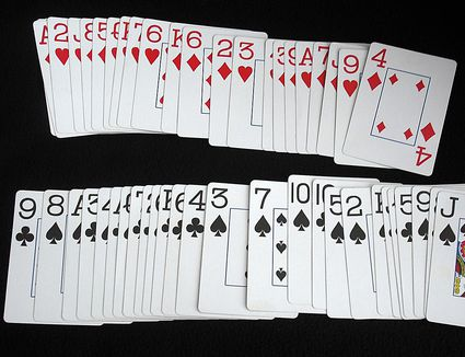 easy-playing-card-trick-02.jpg