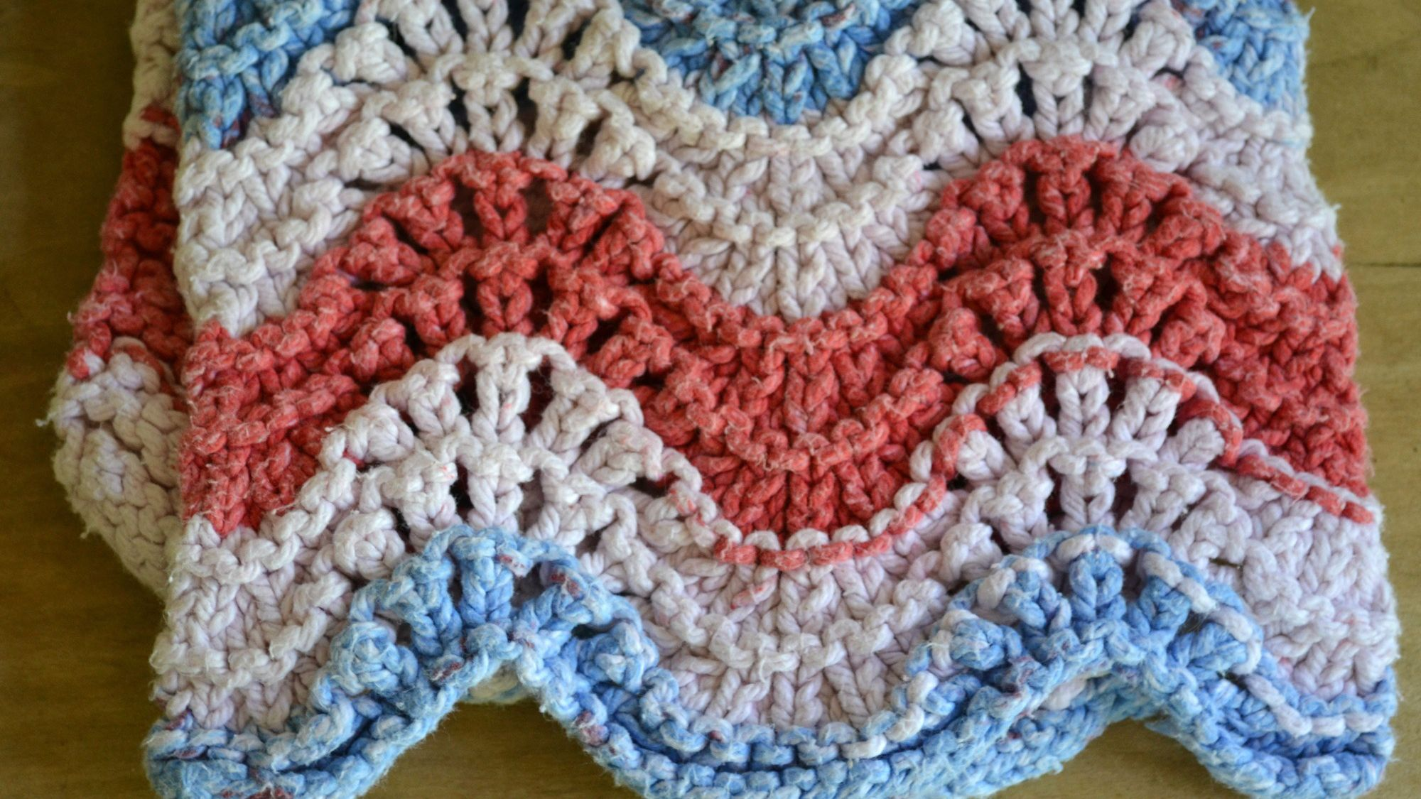 67c71d460a9e How to Knit Feather and Fan or Old Shale