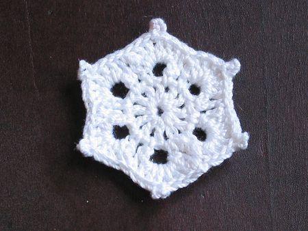 10 Free Crochet Snowflake Patterns