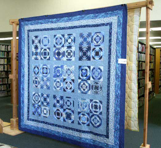 Hues of Blues Pineapple Quilt