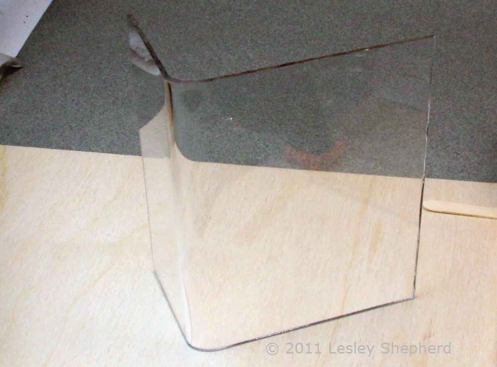 Easily Bend Sheet Acrylic/Plexiglass With Home Tools