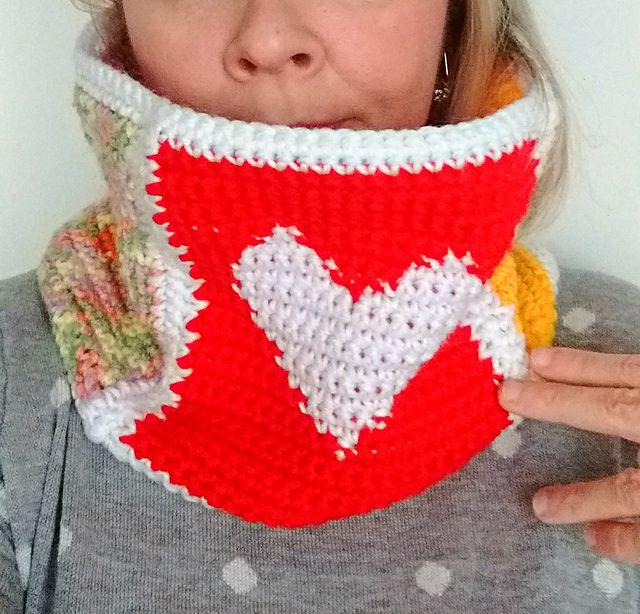 Crochet Heart Cowl