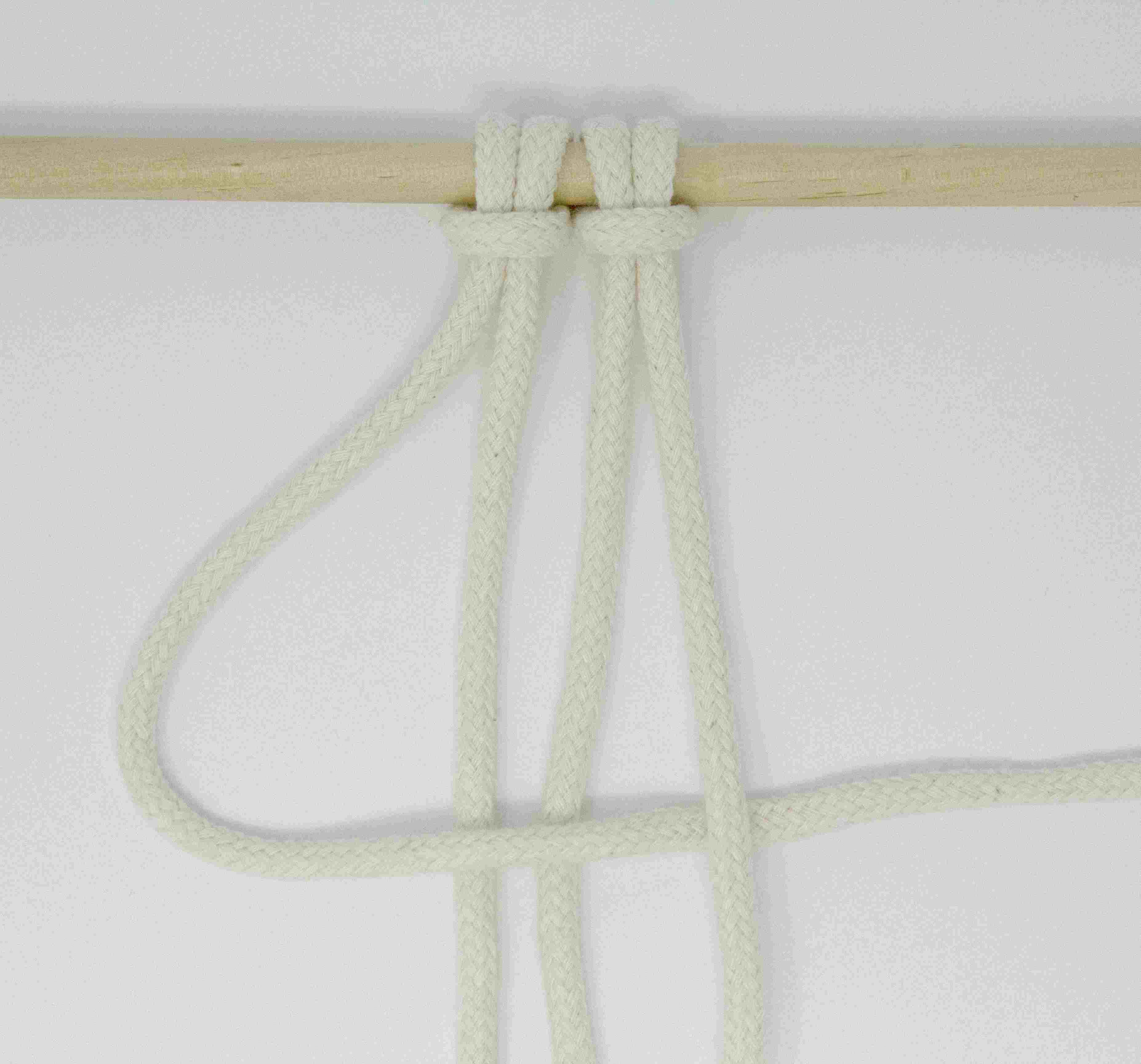 Cord 1 over cords 2 and 3 but under cord 4