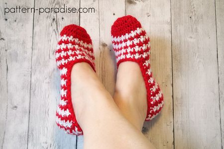 10 Free Patterns For Crochet Slippers