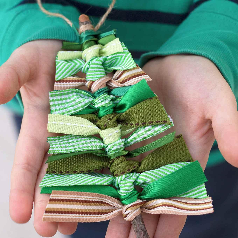How to Make a Scrap Ribbon Christmas Tree Ornament