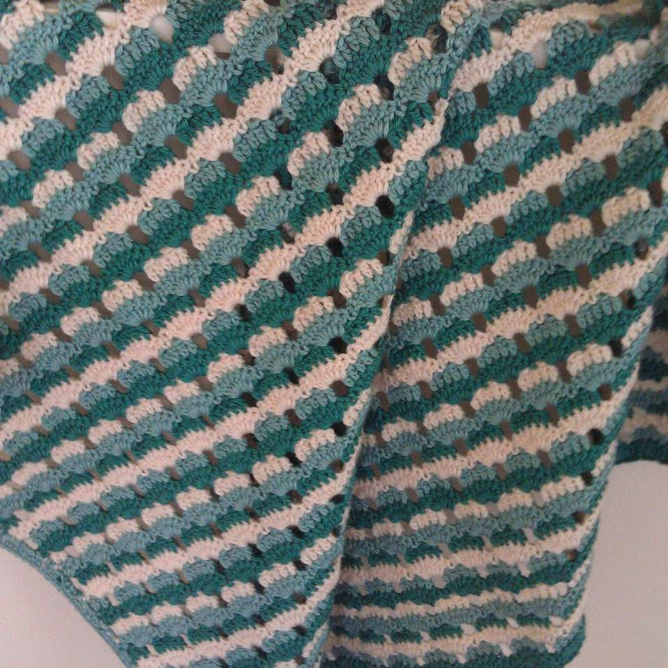 Shells and stripes crochet lapghan