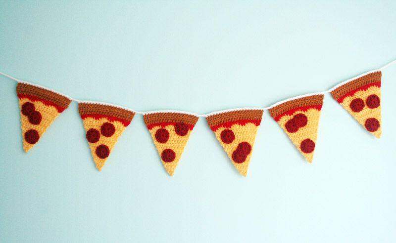 Free Pizza Crochet Bunting Pattern
