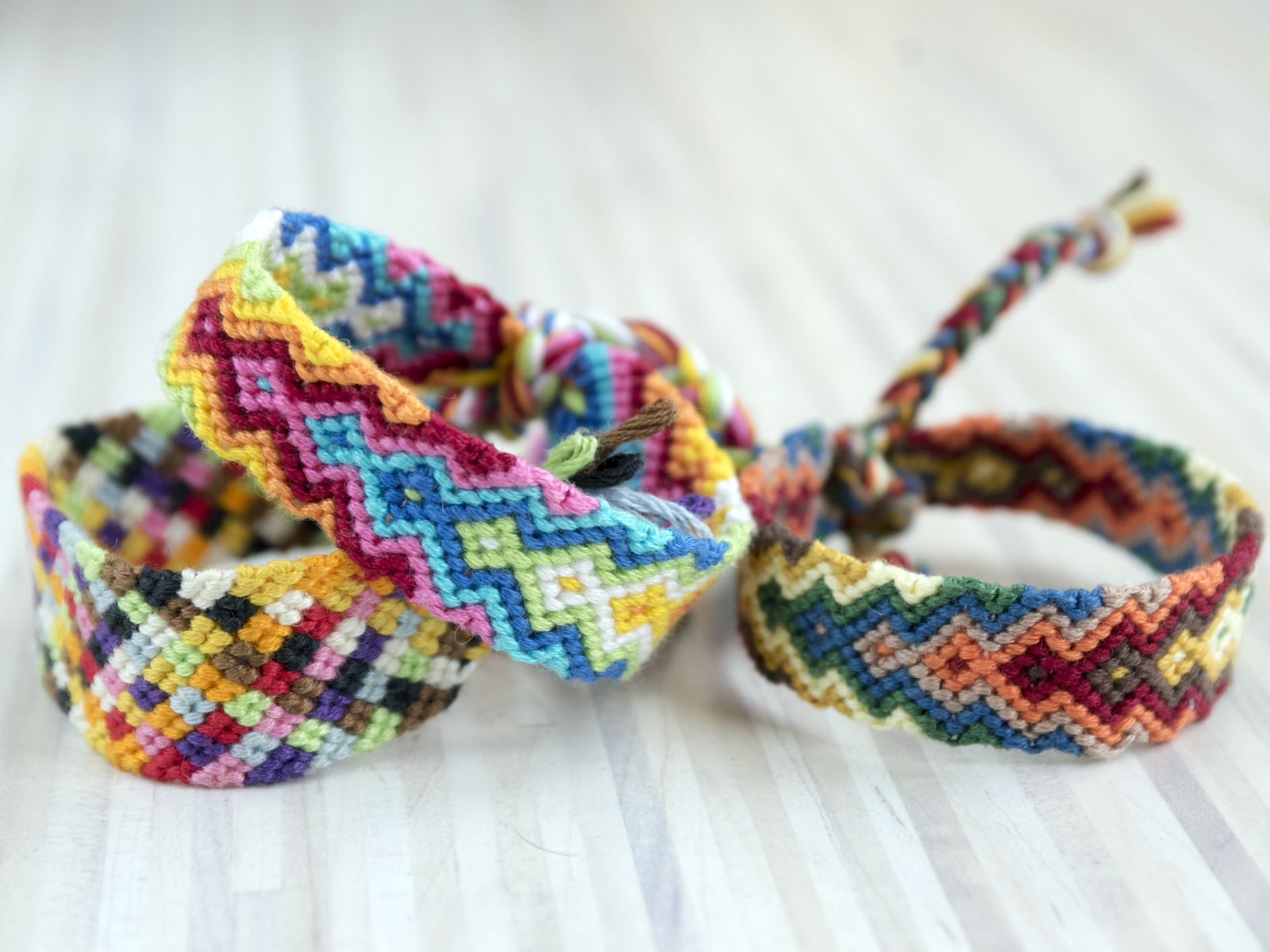 18 Friendship Bracelet Patterns