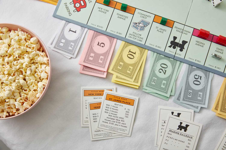 buying orange trio of properties in monopoly