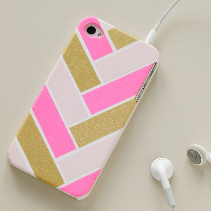 timeless design dc11e 0e23b 10 DIY Phone Case Ideas