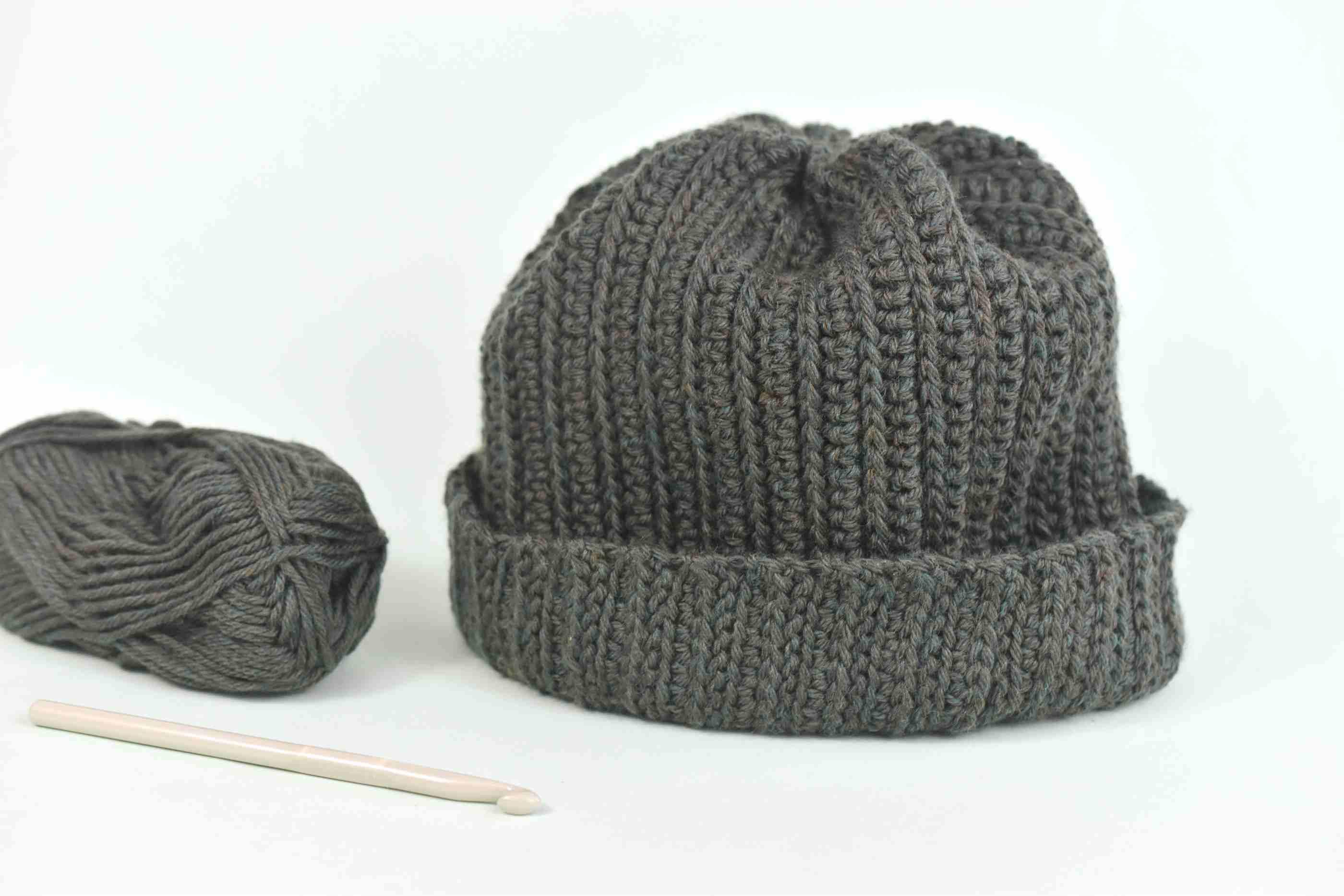 Men's Winter Hat Crochet Pattern