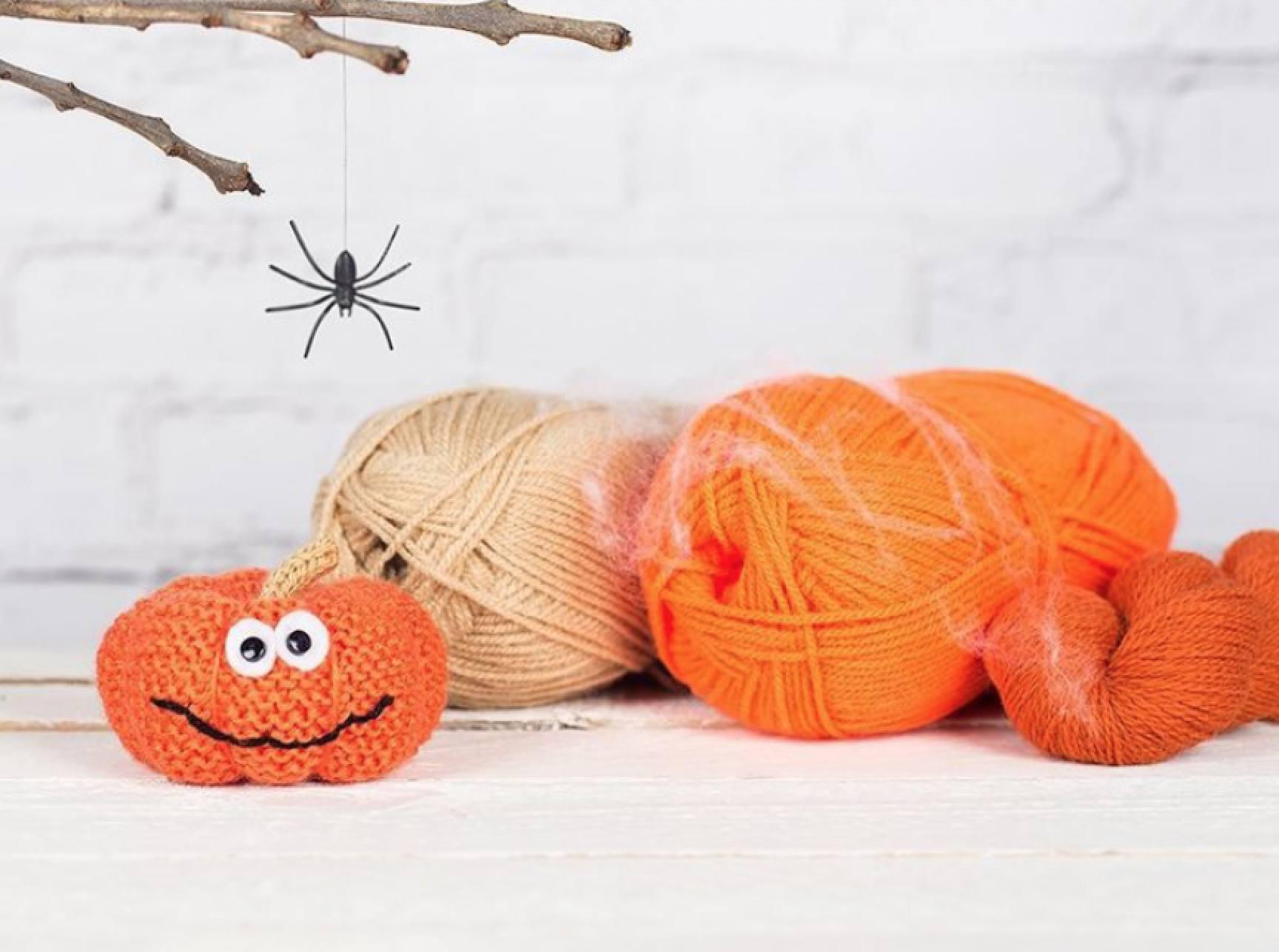 Happy Stuffed Pumpkin Pattern