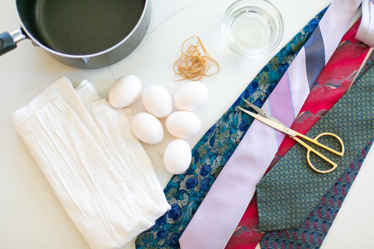 Materials for silk tie Easter eggs