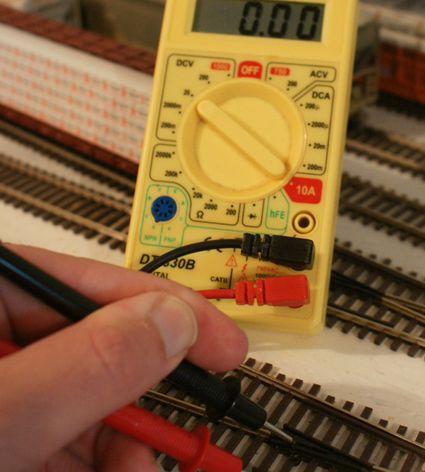 wire  model railroad  block operation