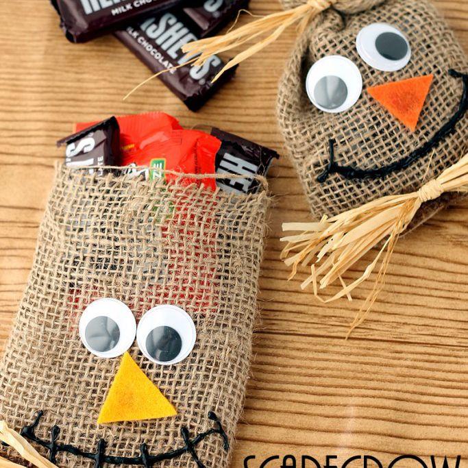DIY scarecrow Halloween treat bags