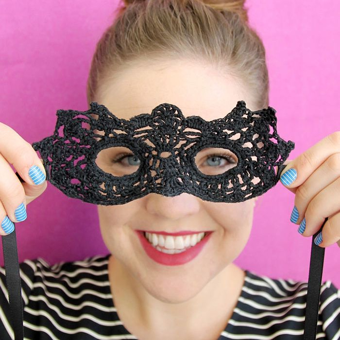 DIY Crochet Masquerade Mask
