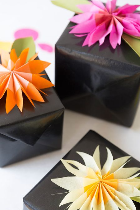 28 fun and easy to make paper flower projects you can make tissue paper flower gift topper mightylinksfo