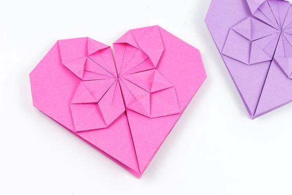 Origami Dollar Heart Tutorial 00