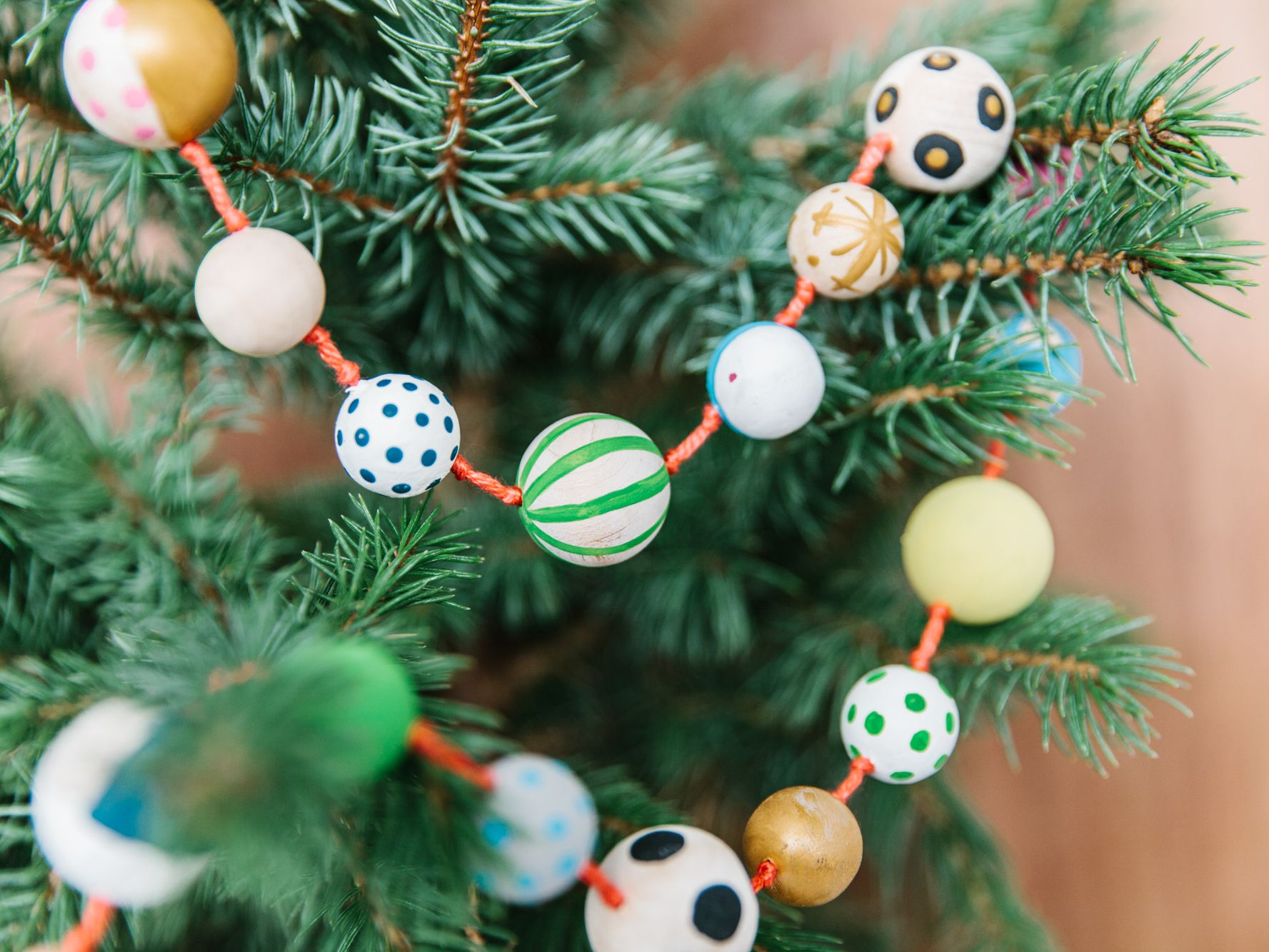 Fun Diy Christmas Garlands
