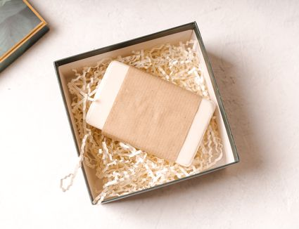 Gift with empty mockup tag