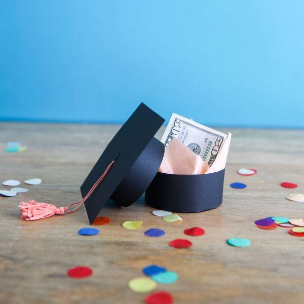 DIY Tiny Graduation Cap Gift Box