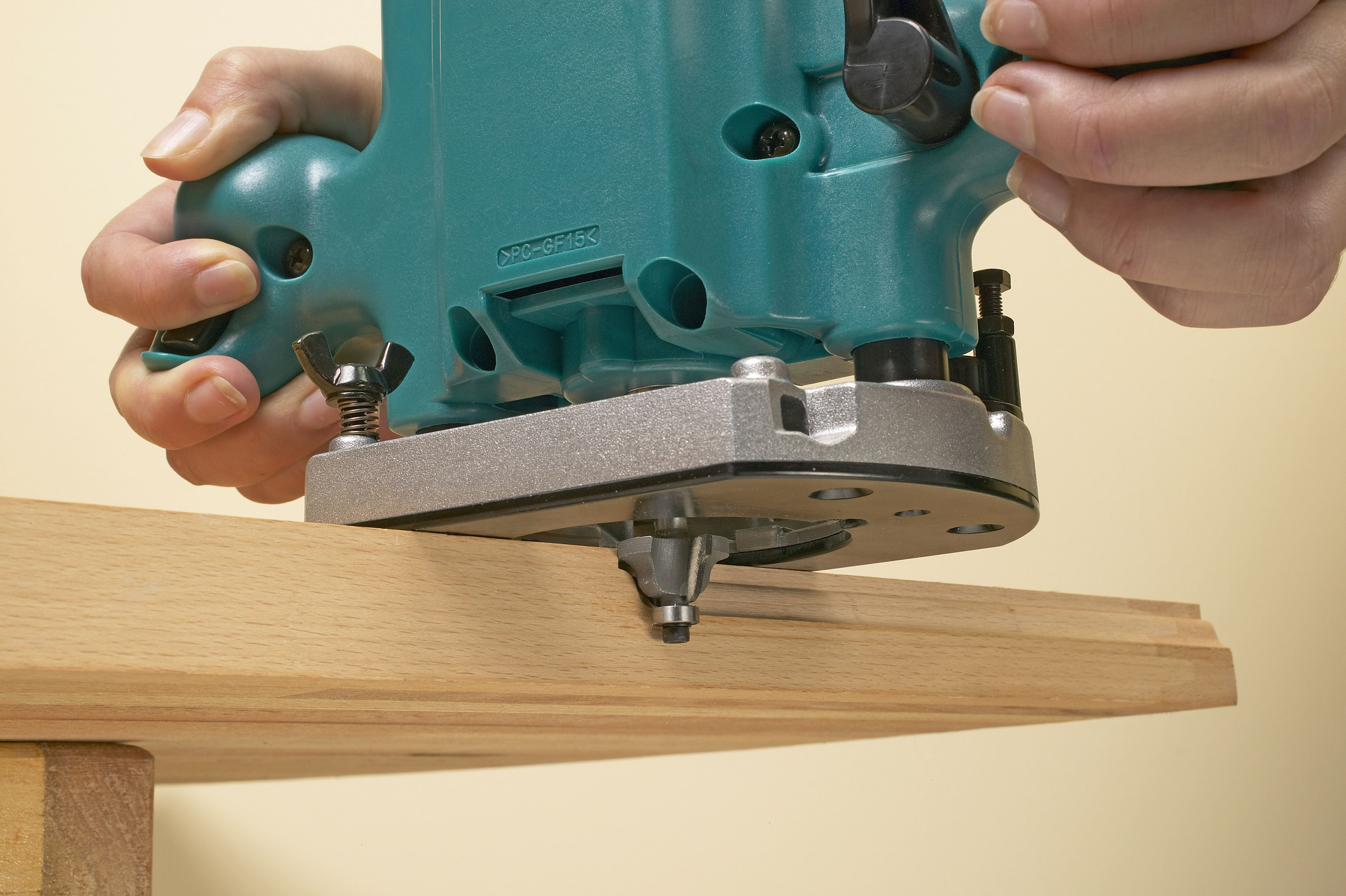 Build a Router Table With These 11 Free Downloadable DIY Plans