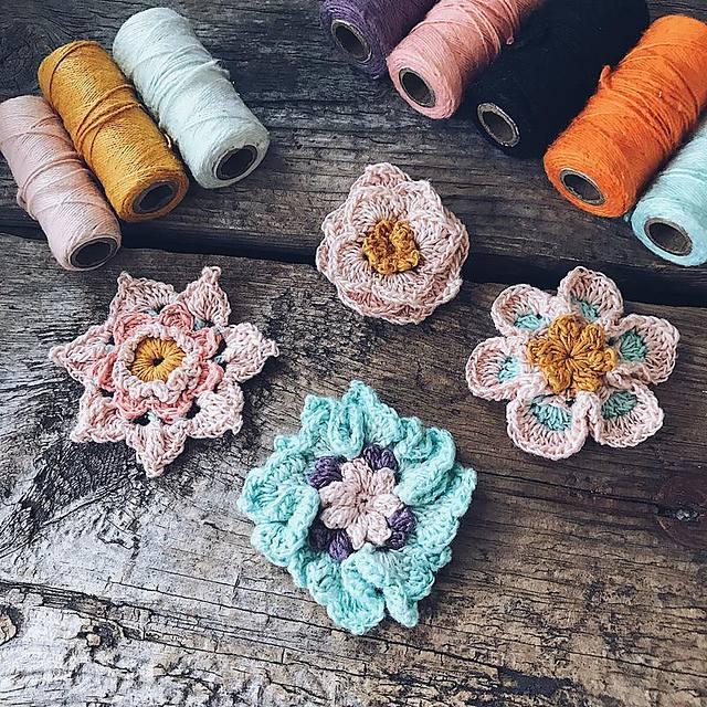 Free Crochet Flower Pattern Set