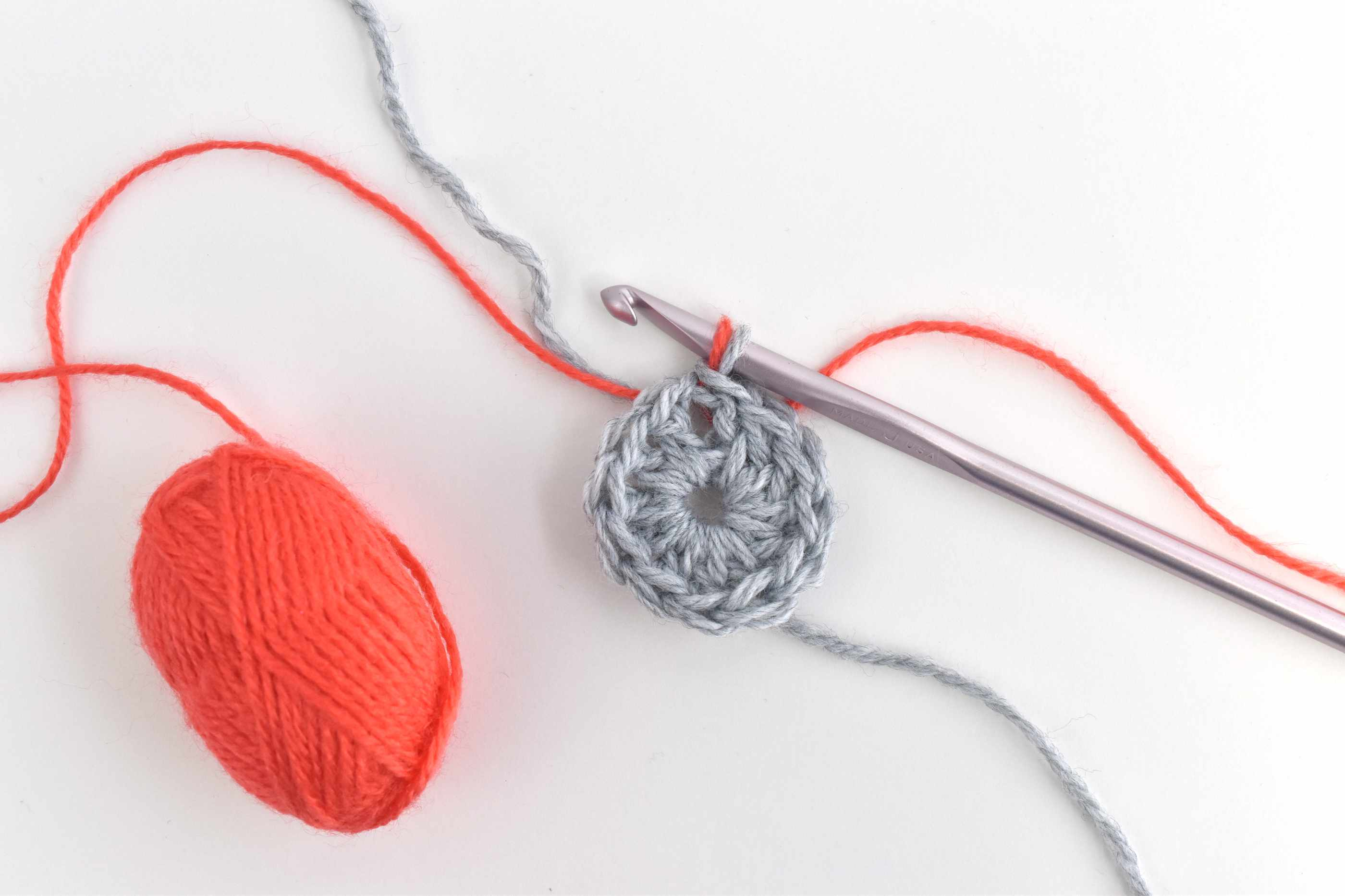 Crochet a Circle and Add in a Second Color Yarn