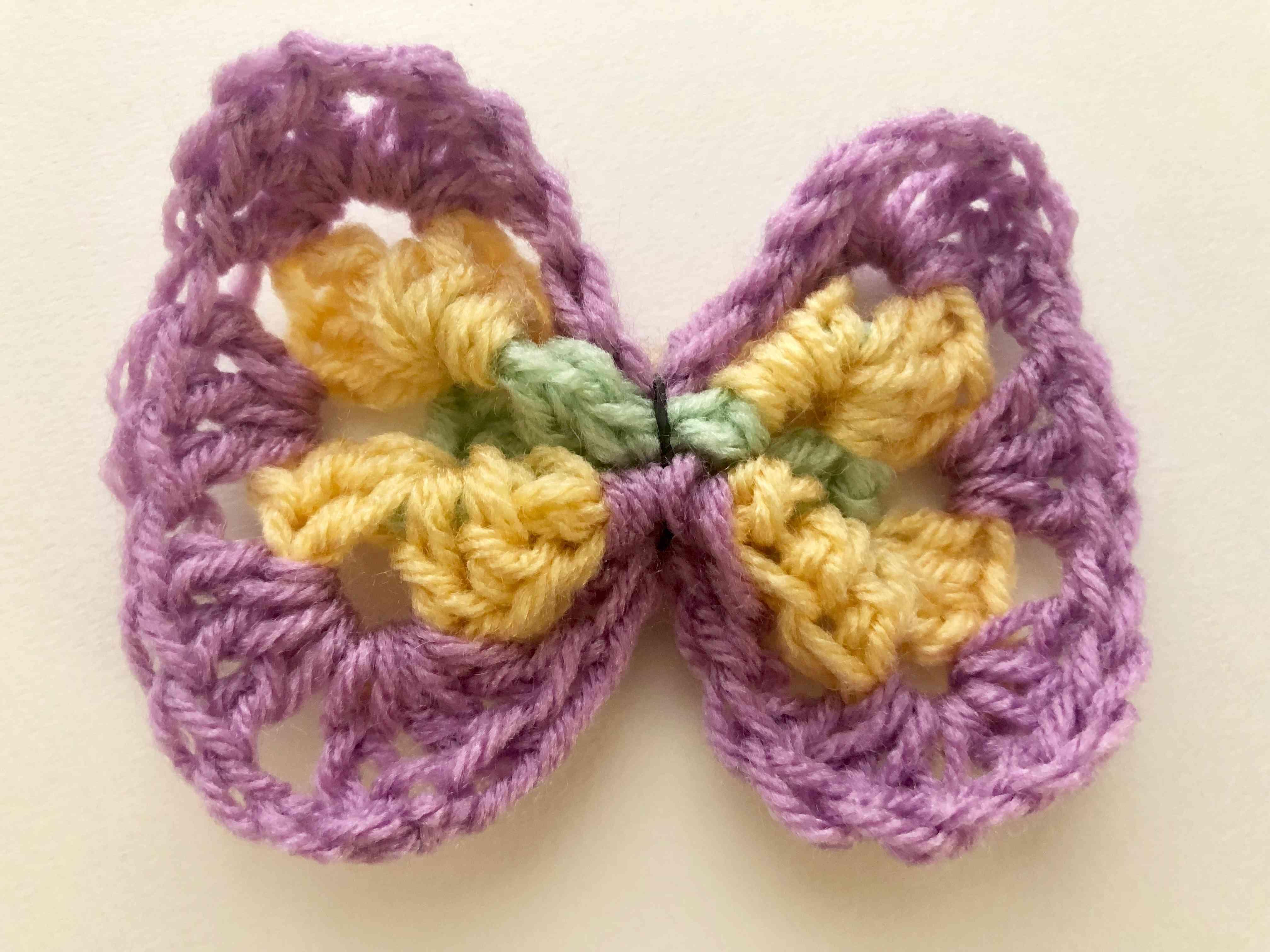 How to Crochet a Hair Bow