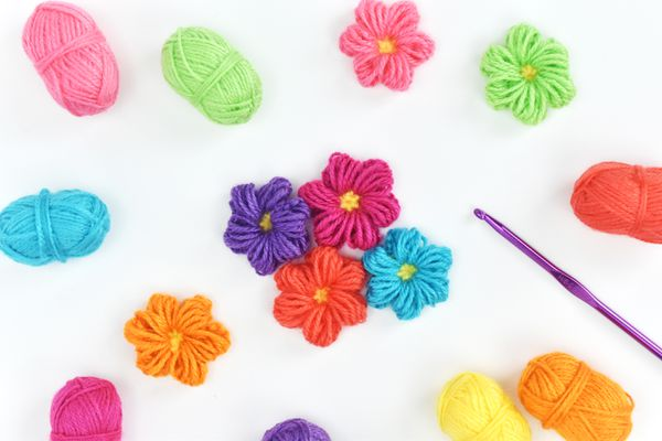 How to Make Puff Stitch Crochet Flowers