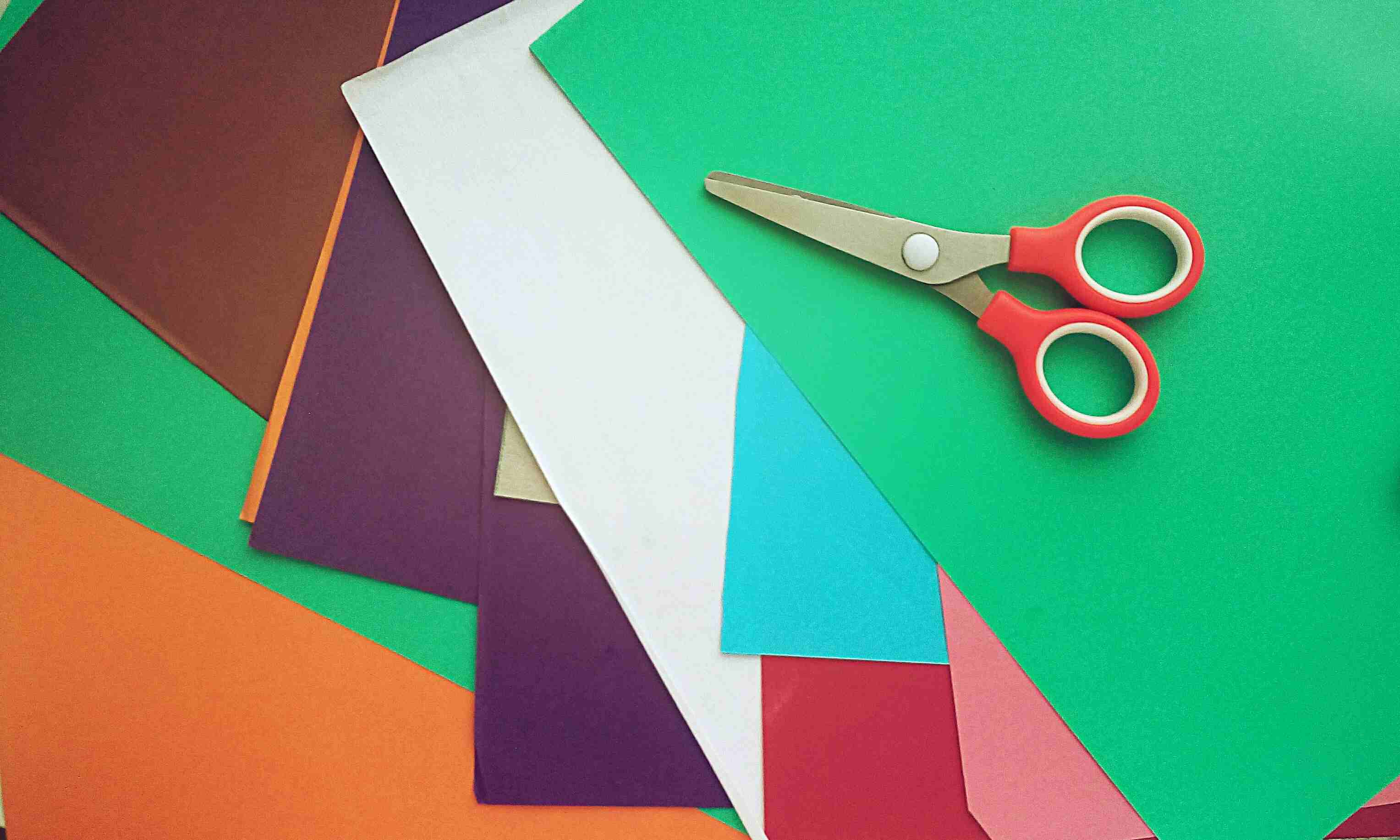 10 Cutting Tools for Crafters